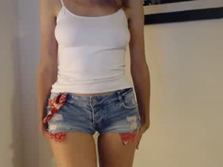 y0urspecialk camgirl in tight jeans masturbates