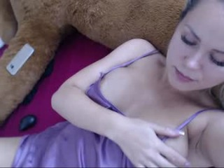 horny_littlenymph naked camgirl waits by the stairs