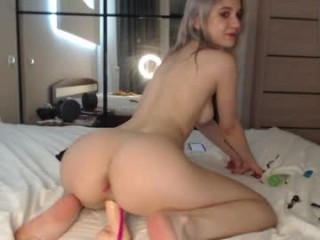 honey_pinkgreen cheerleader camgirl gets naked