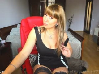 sirena99 blonde camgirl totally naked