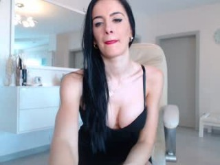 katie_sweet camgirl in a white dress