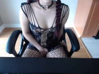 mysticxkitty sexy camgirl getting naked
