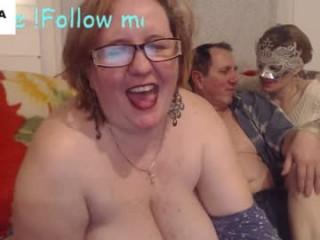 antoniastarr camgirl touches her body