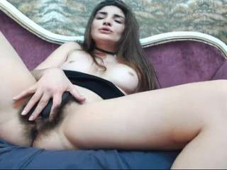 linda_lawrence amazing webcam girl decides to get rid of her clothes online