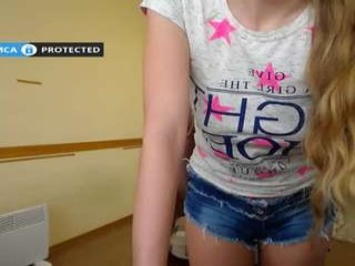 melanie_si amateur model has a soda