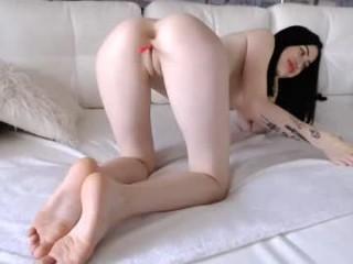 _hot_little_angel_ camgirl in dress masturbating