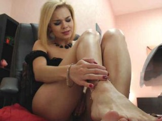 aishvariya sexy camgirl in her socks