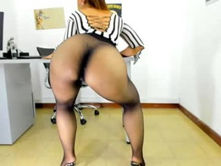 natasha_foxx sexy blonde camgirl amazing webcam girl with just a jacket