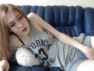 koketochka555 sexy nude camgirl caught crawling
