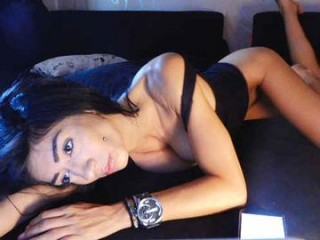 evelyne92 cute camgirls playing together